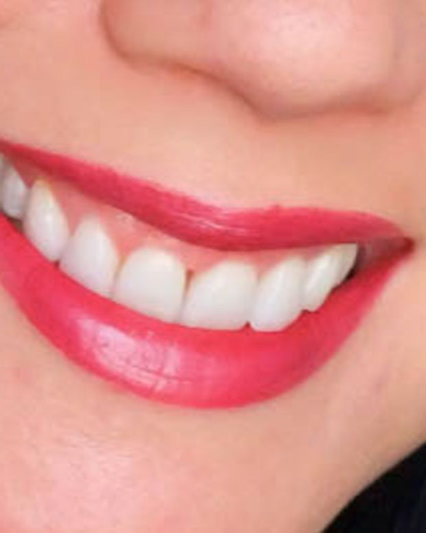 CoverGirl Lip Perfection Lipstick in Entwined
