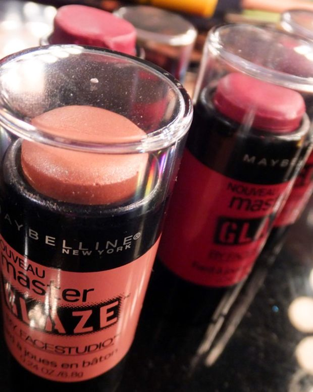 Maybelline Master Glaze Blush Stick_aka Maybelline New York Master Glaze by FaceStudio Blush Stick
