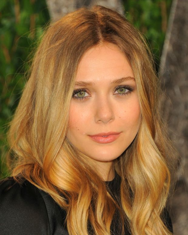 Elizabeth Olsen_2012 Vanity Fair Oscar Party Hosted By Graydon Carter - Arrivals