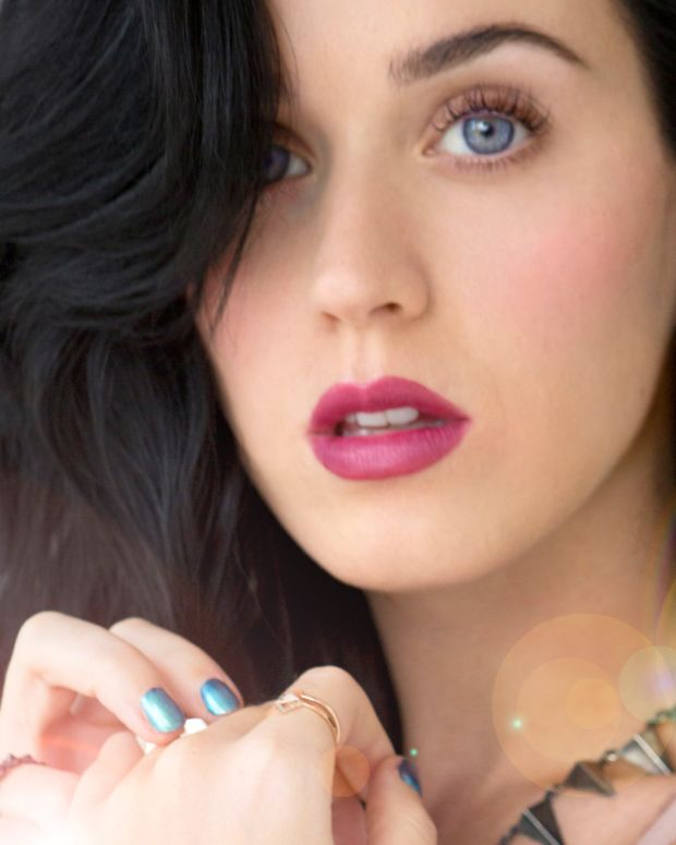 Katy Perry Covergirl makeup