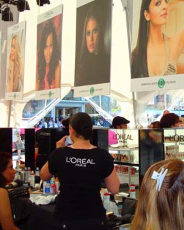 LOreal Paris Beauty Tent_inside