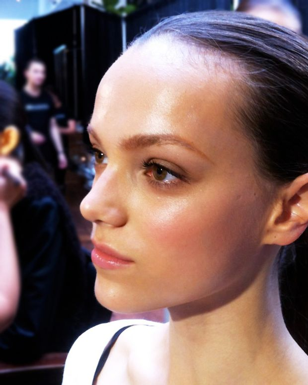 Jenna_makeup-by-Greg-Wencel_TheShows