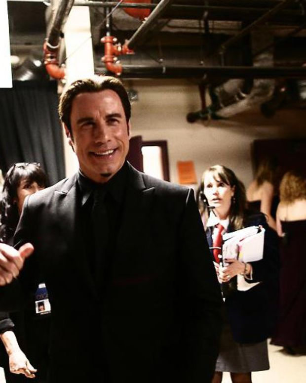 John Travolta_Oscars 2013_backstage