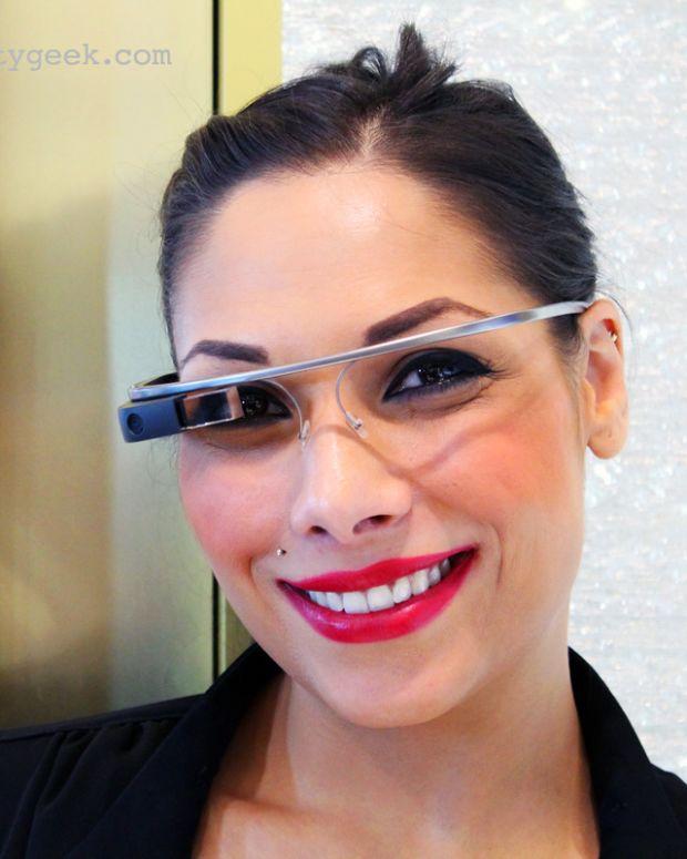 YSL Google Glass makeup artist
