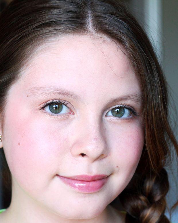 Fresh tween makeup_12-year-old's grade-8 graduation look
