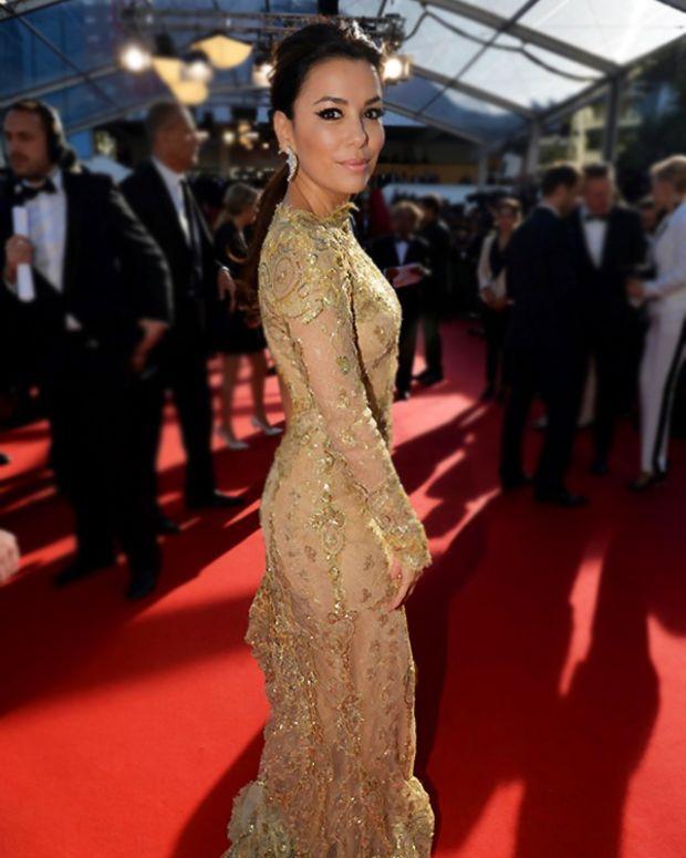 Eva-Longoria-participe-a-la-montee-des-marches-du-film-Le-passe-le-17-mai-2013-au-Festival-de-Cannes_reference