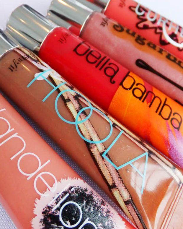 Benefit Ultra Plush Gloss_Coralista_Sugarbomb_Bella Bamba_Hoola_Dandelion_Dallas (not shown)