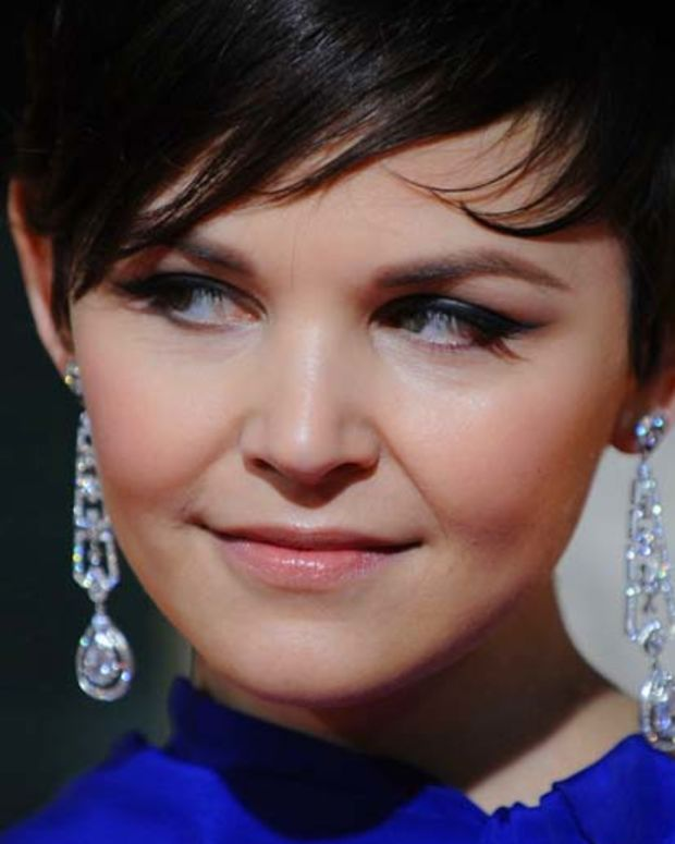 Ginnifer Goodwin close-up Golden Globes 2010
