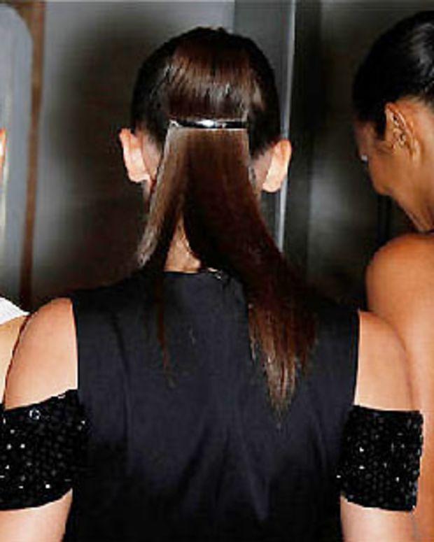 chignon-ponytail_Prabal Gurung_Spring 2011