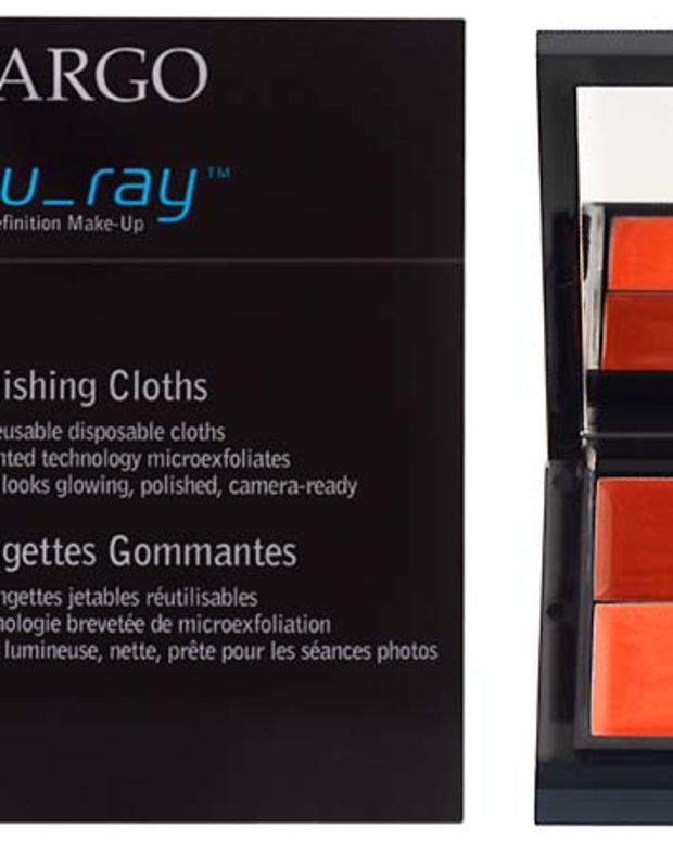 CARGO blu_ray cloths and lip gloss
