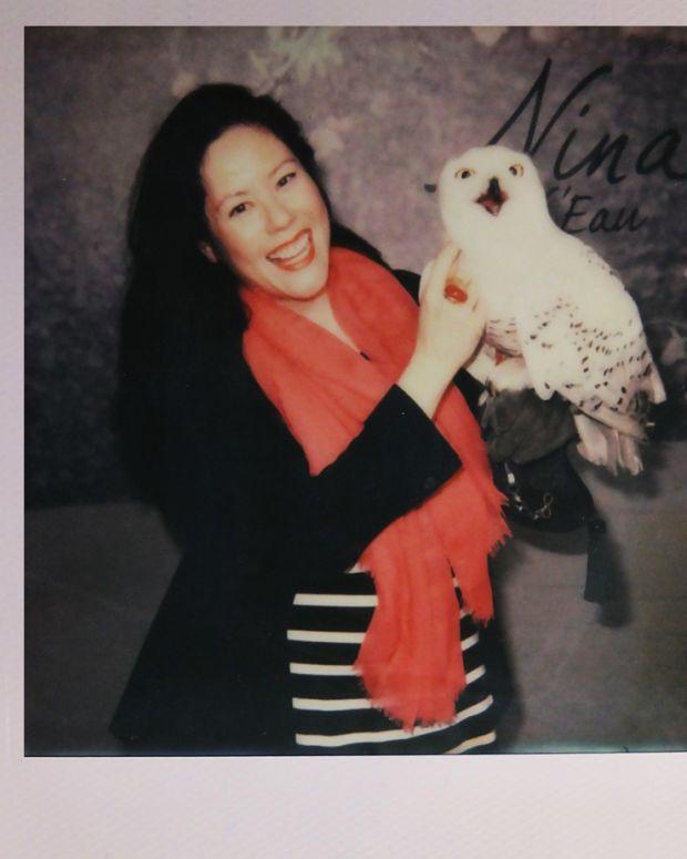 Janine Falcon_Paloma_snowy owl in Nina L'Eau commercial