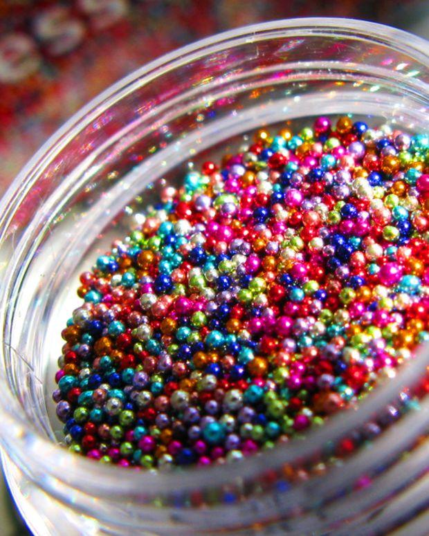 Essence Effect Nails 3D Pearls_Candy Buffet balls