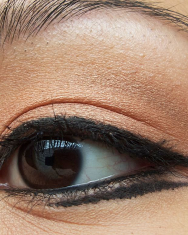 GlitterGeek.ca_giorgio-armani-fall-fw-eye-1