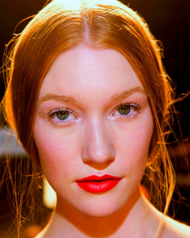 Joe-Fresh_ss2013_Maybelline-New-York-Color-Sensational-Vivids-Lipcolor_Vibrant-Mandarin