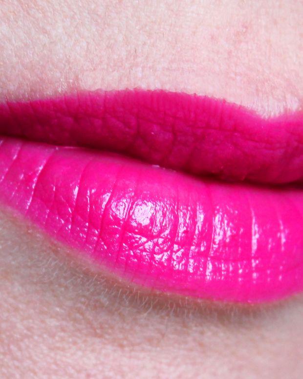 YSL Baby Doll Kiss & Blush No 1 Fuchsia Desinvolte_Lipstick Diary