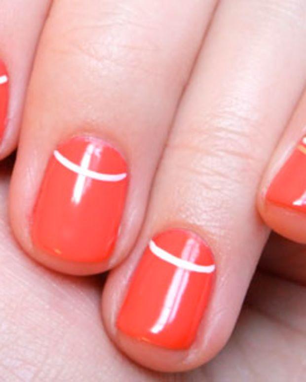 BEAUTYGEEKS_imabeautygeek.com_Entity manicure by Leanne Colley Tips Nail Bar