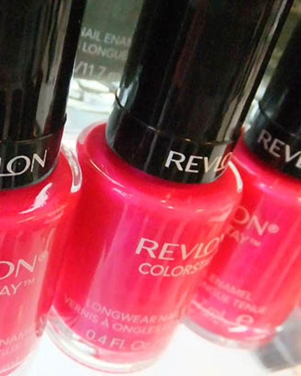 Revlon ColorStay Longwear Nail Enamel in Wild Strawberry_shimmer