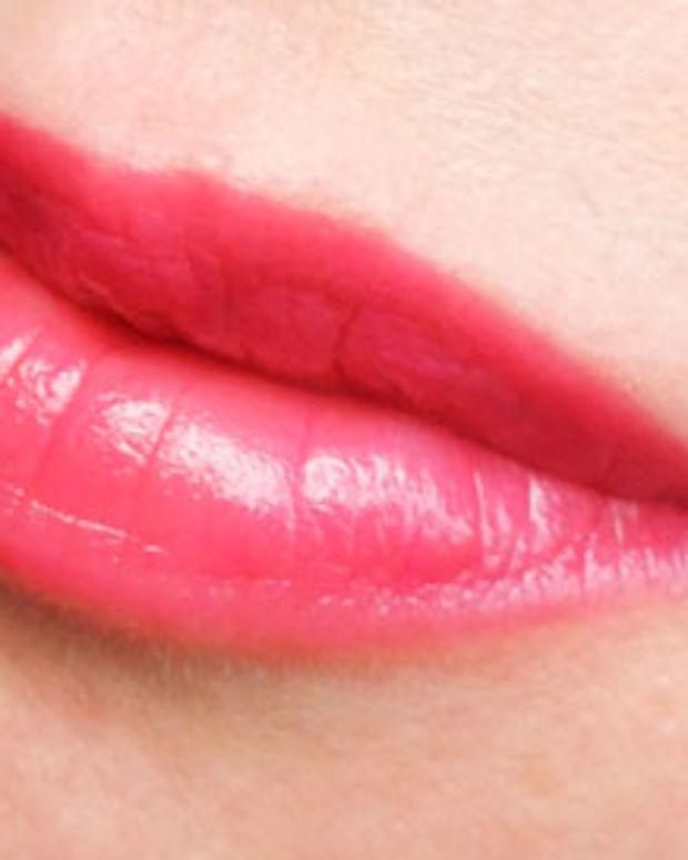 Revlon Colorburst Lip Butter in Raspberry Pie