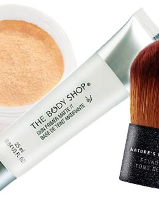 The Body Shop Extra Virgin Minerals Foundation_Skin Primer Matte_Nature's Mineral brush.jpg