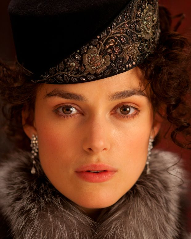 keira knightley's brow extensions for her role as Anna Karenina