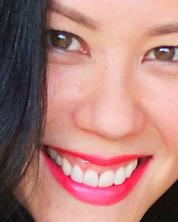 learn to wear bright lipstick_training program