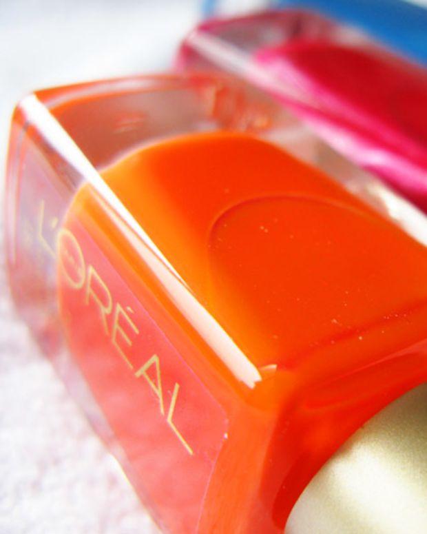 L'Oreal Paris Nail Color_L'Orange_Devil Wears Red_Jet Set to Paris