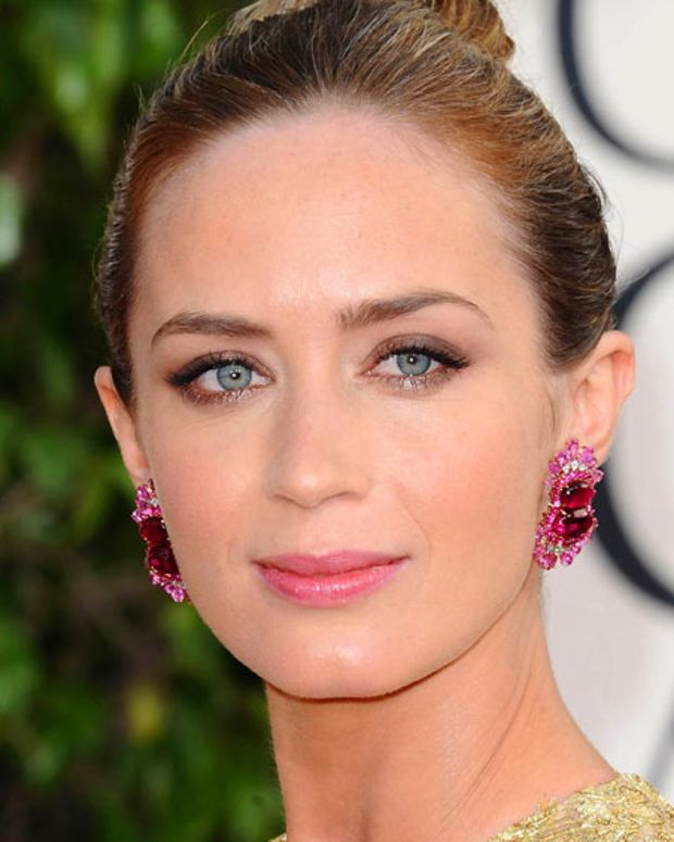 Emily Blunt_Golden Globes_makeup_2013