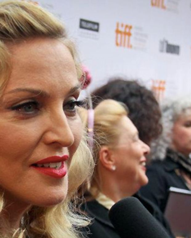 Madonna_TIFF 2011 red carpet