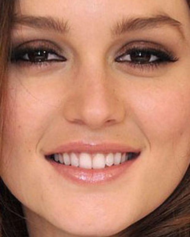 Leighton Meester_smoky eyes day-to-night_closeup