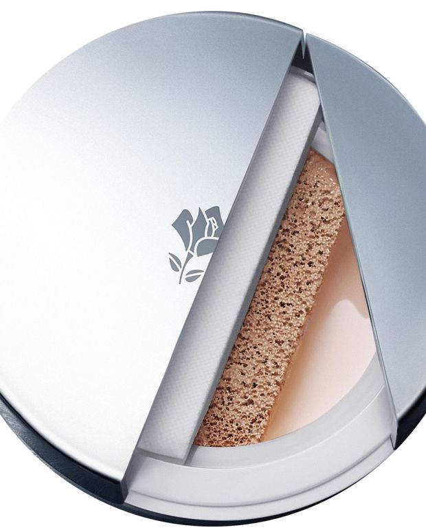 Lancome Miracle Cushion foundation_cross section