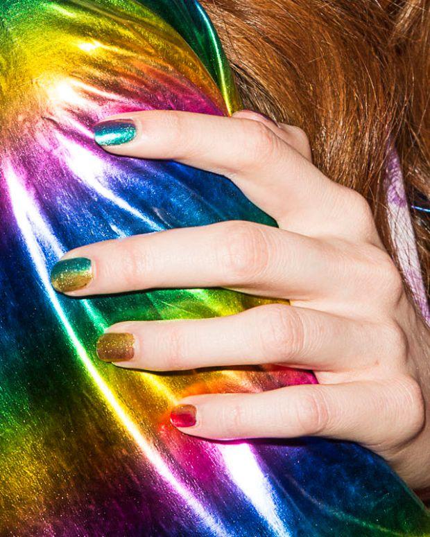 essie silk watercolor rainbow ombre mani_hayley elsaesser ss 2016