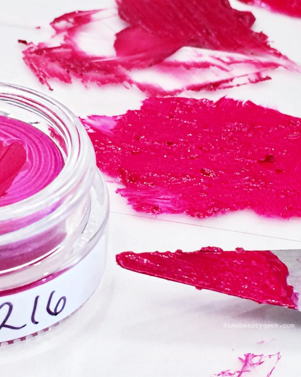 mixing lip pigments at Bite Beauty Lipstick Lab