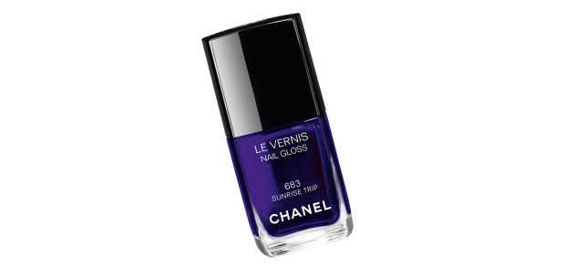 Chanel Spring 2016 LA Sunrise_Le Vernis Nail Gloss_Sunset Trip.jpg