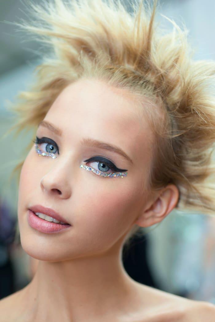 Glitterati Gaze Let S Talk About These Chanel Sequin Eyes Beautygeeks