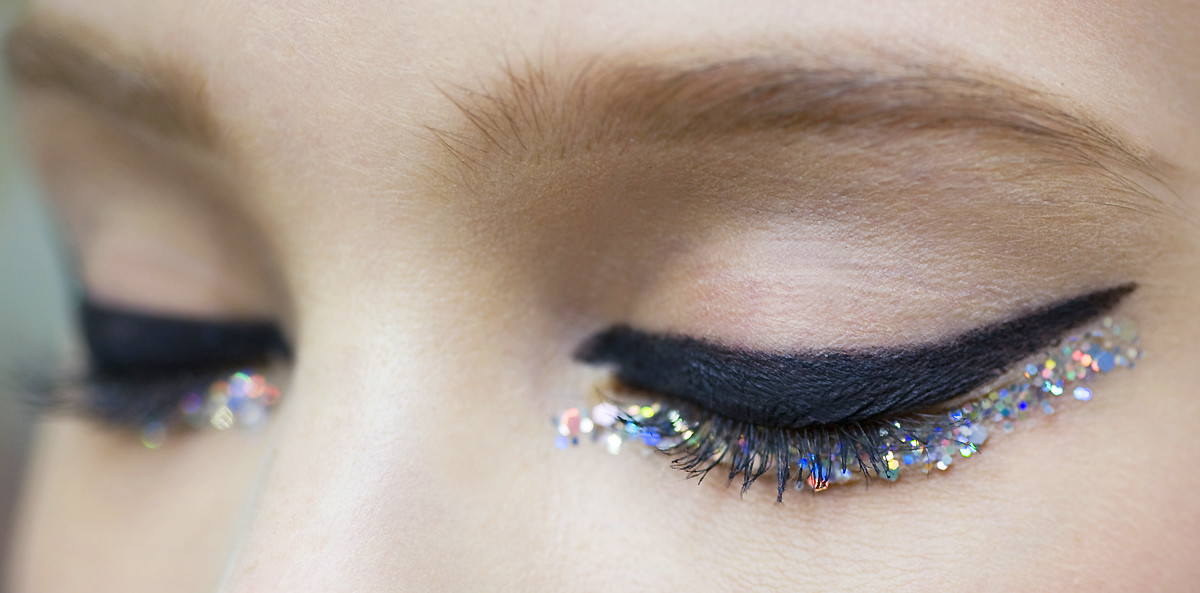 Chanel sequin eyes_CHANEL Spring Summer 2014 Haute Couture makeup_closeup