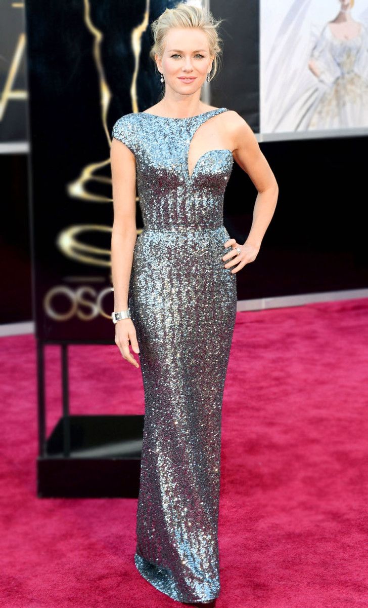 Naomi Watts in Armani Privé at the 2013 Academy Awards