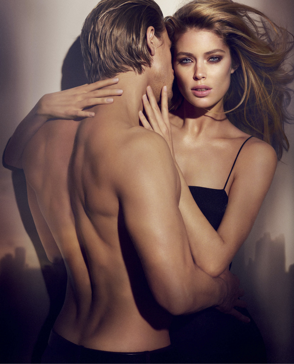 Reveal Calvin Klein ad image_charlie hunnam_doutzen kroes