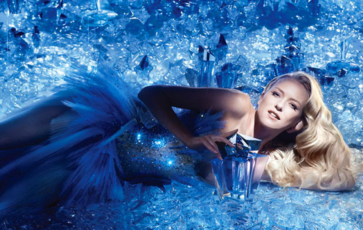 Naomi Watts_thierry-mugler-angel