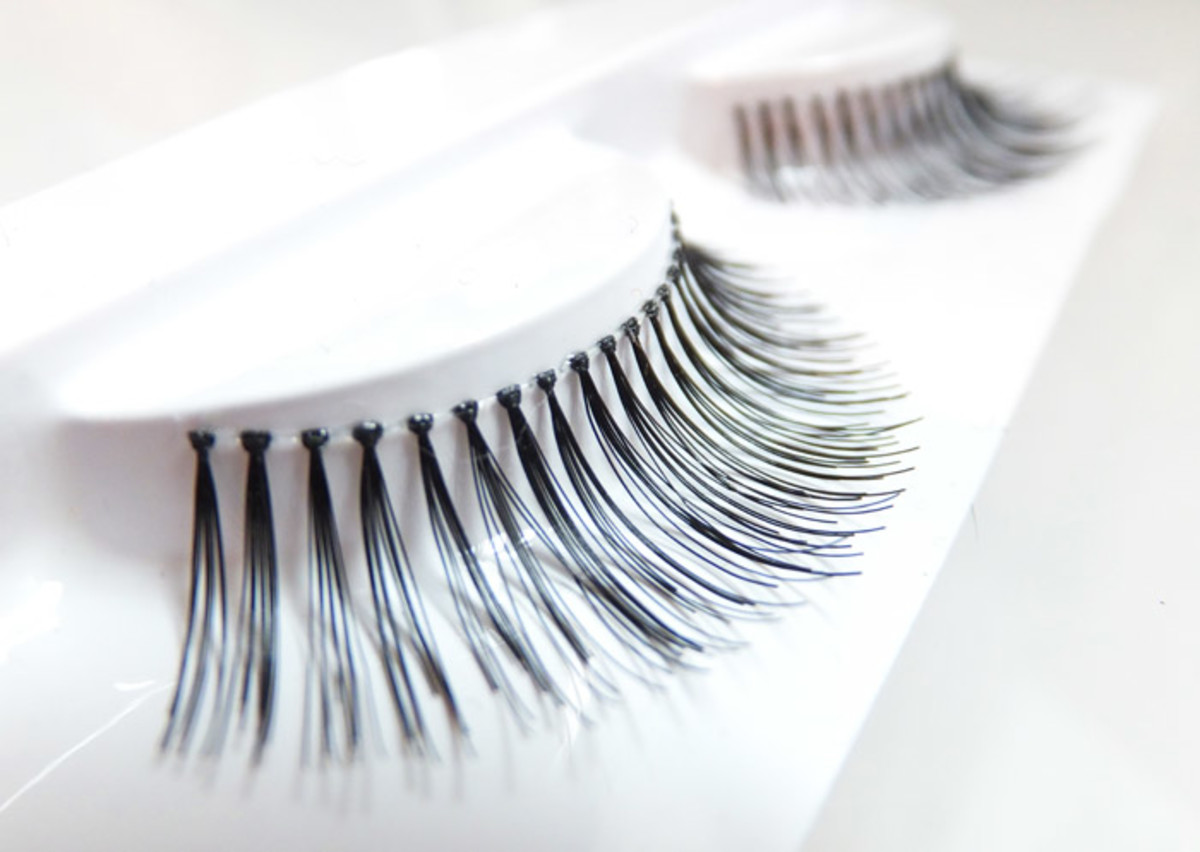 Duo lashes D11_medium & wispy_great for those with deep-set eyes