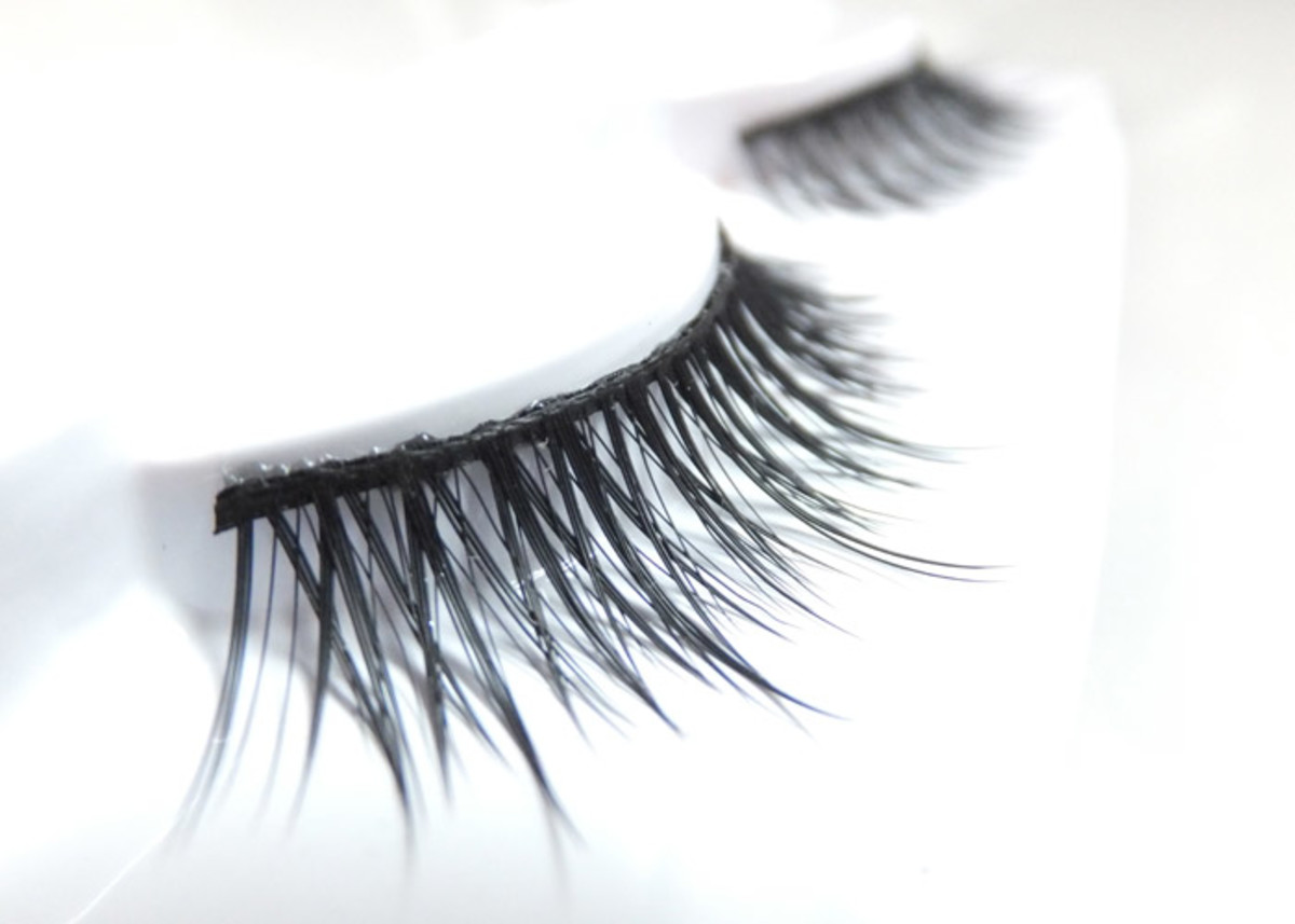 Duo Lashes D12_thin and wispy_the most natural look a faux lash can have