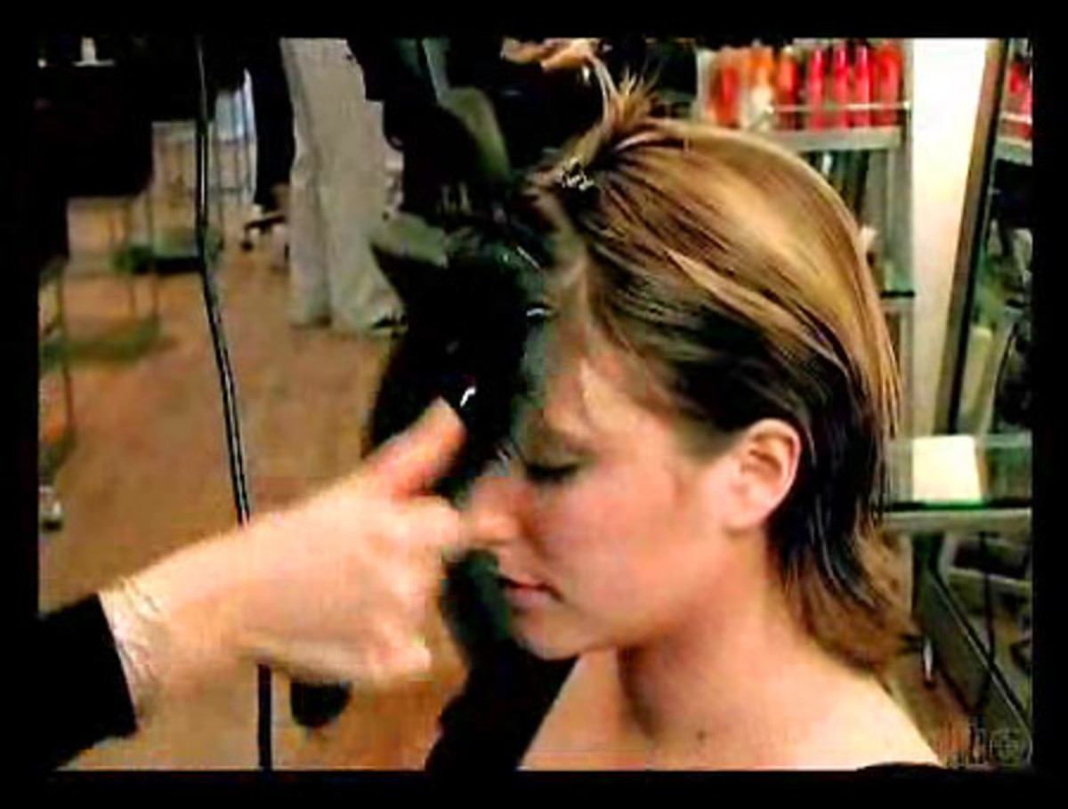 How to blow dry bangs if you have a cowlick