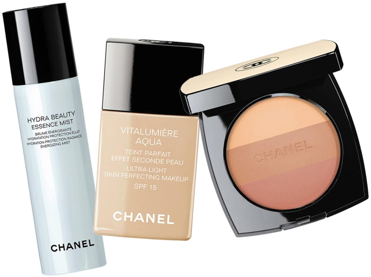 Kiera Knightley TIFF 2014_Chanel Hydra Beauty Essence Mist_Chanel Vitalumiere Aqua foundation_Chanel Les Beiges Healthy Glow Powder No 2