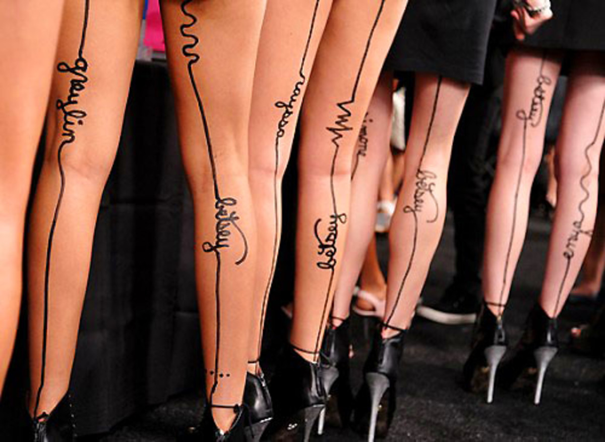 betsey johnson legs