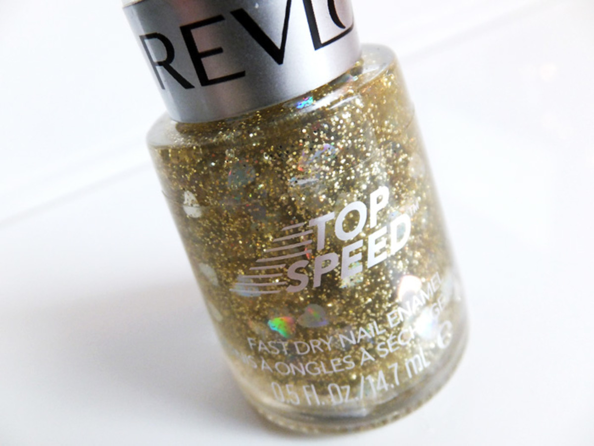 Revlon Top Speed Fast Dry Nail Enamel in Hearts of Gold FX
