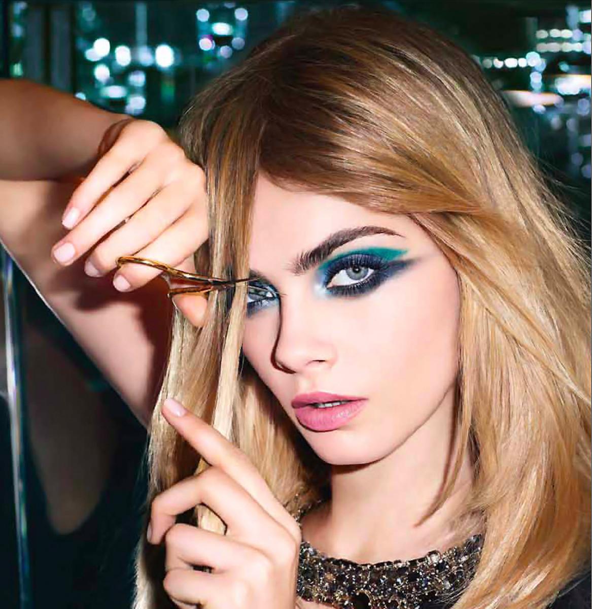 YSL Couture Palette_Cara Delvingne
