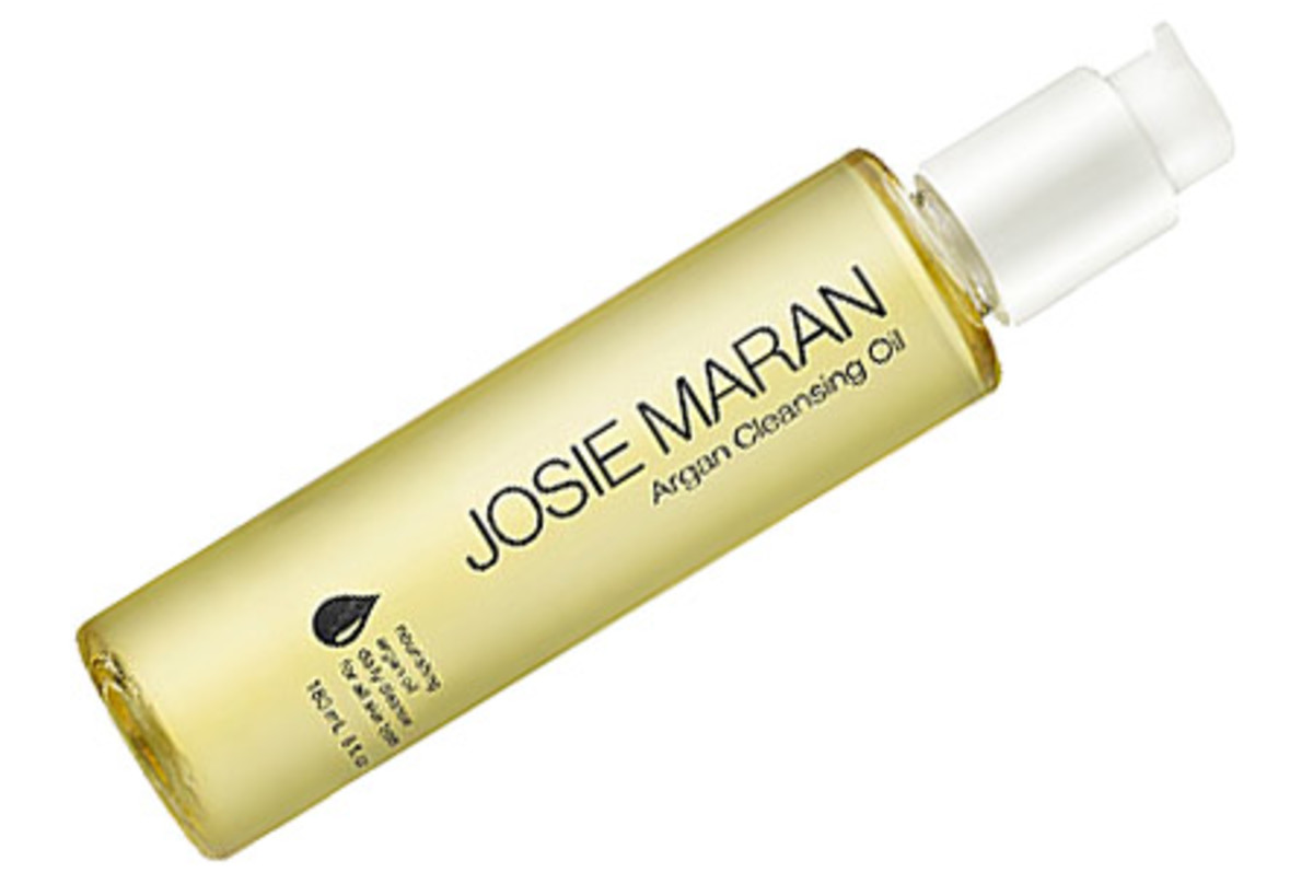 Josie Maran Argan Cleansing Oil: cleanses throughly and leaves skin soft, never stripped