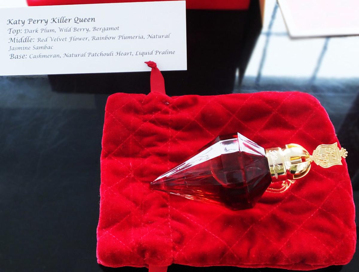 Katy Perry Killer Queen_bottle and velvet pouch