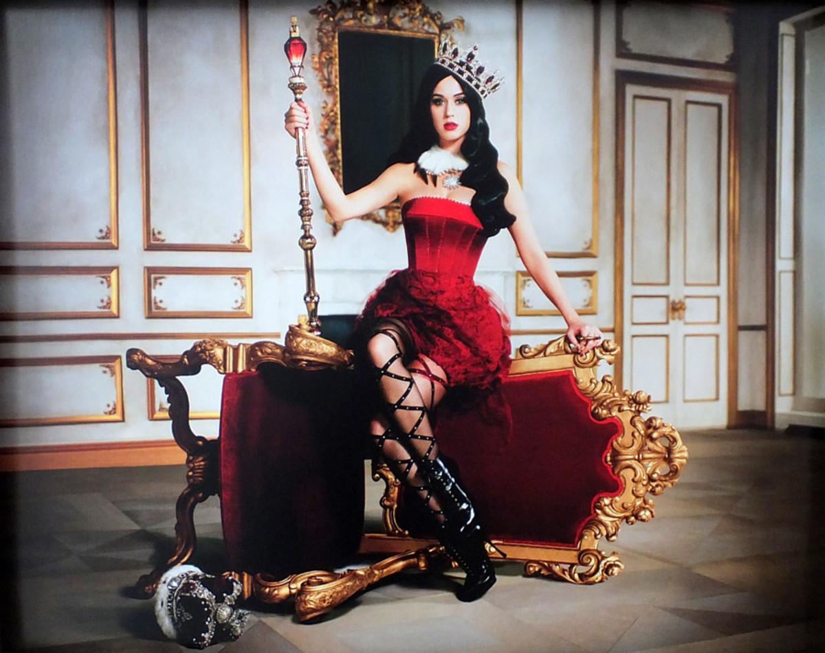 Katy Perry Killer Queen_promo image