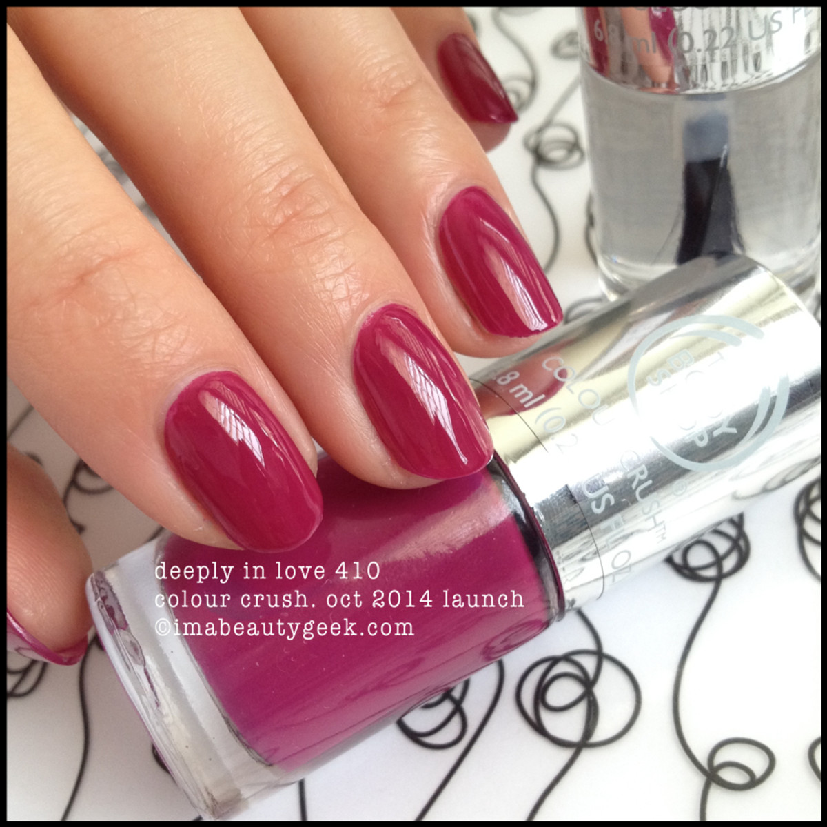 Body Shop Deeply in Love 410 Colour Crush Polish