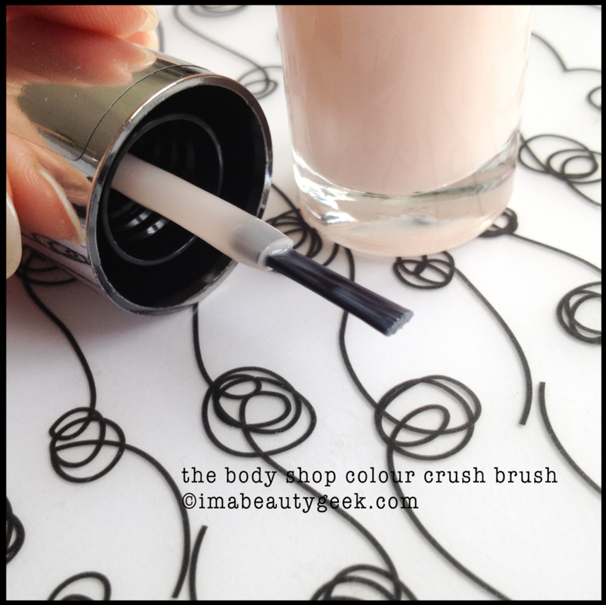Body Shop Colour Crush Brush